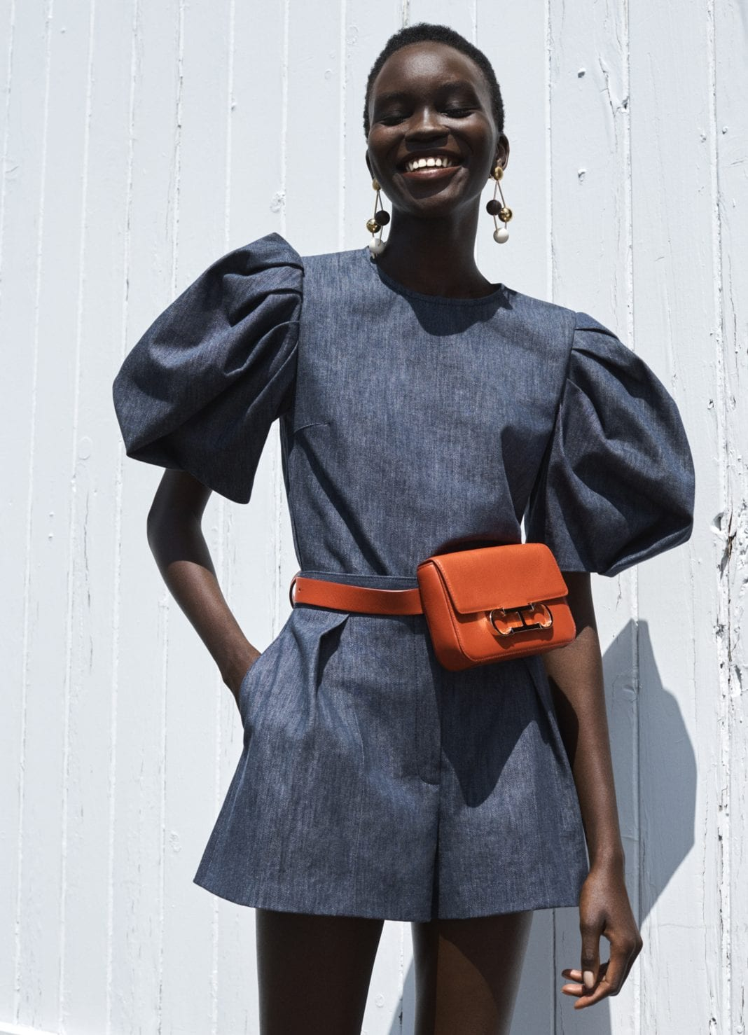 Οι belt bags είναι η απόλυτη τάση για την Άνοιξη και το Καλοκαίρι 2021