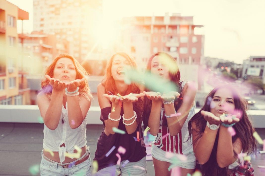 Κοριτσοπαρέες… Πάμε να τις γιορτάσουμε!