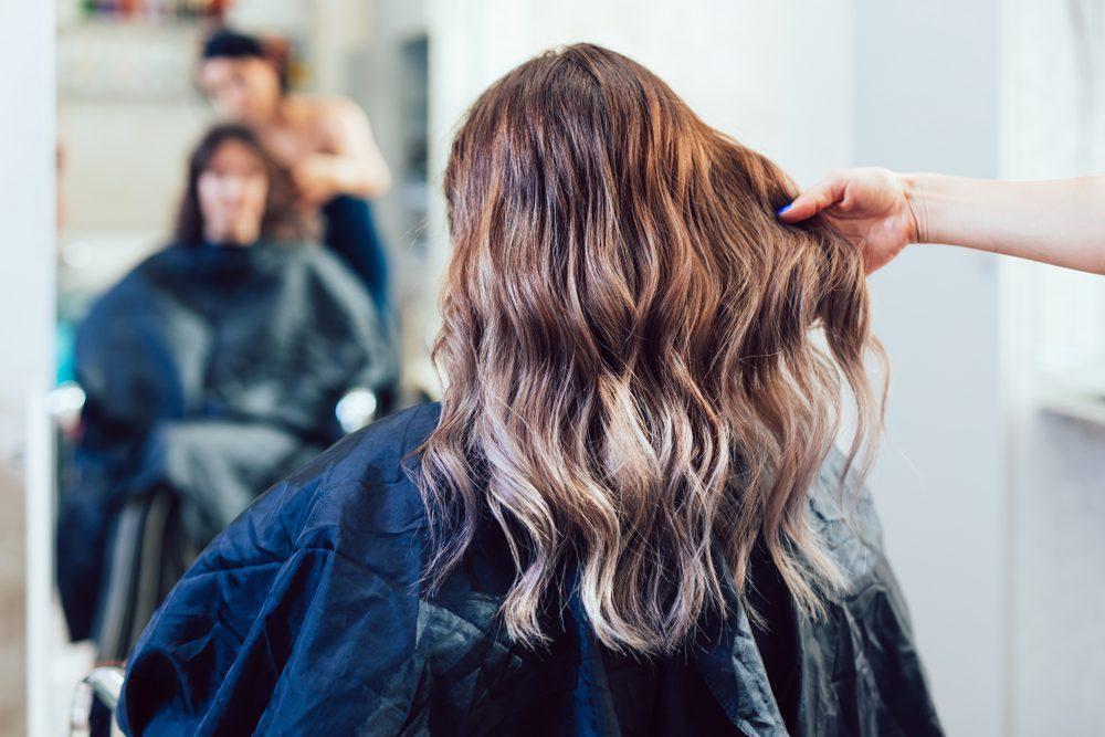 Color sweep: Το νέο trend για τα μαλλιά που θα λατρέψετε!