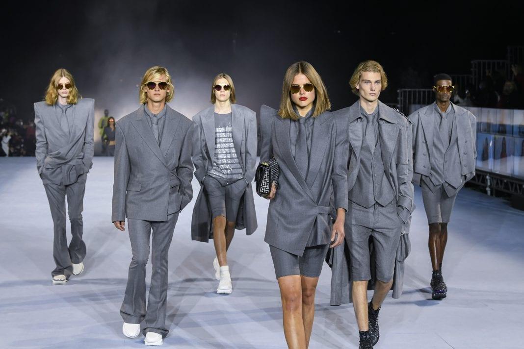 Fashion trends: Η επέλαση του γκρι για το 2021
