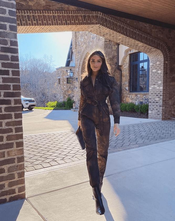 Jumpsuit: Ένας ultra stylish τρόπος για να φορέσεις την ολόσωμη φόρμα όπως η Olivia Culpo