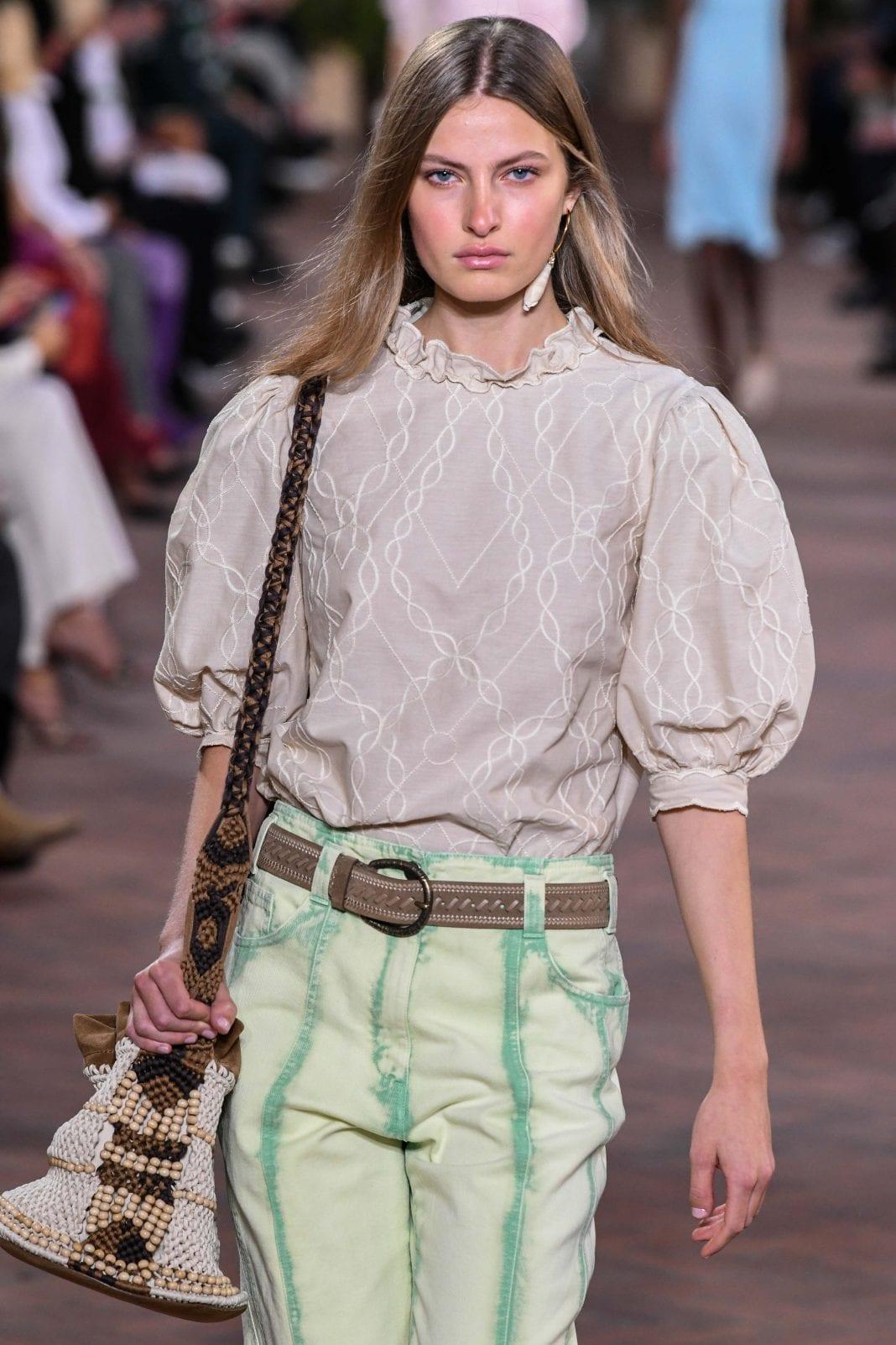 Shoulder bags: Αυτές είναι οι τσάντες που θα κρατήσουμε την Άνοιξη και το Kαλοκαίρι