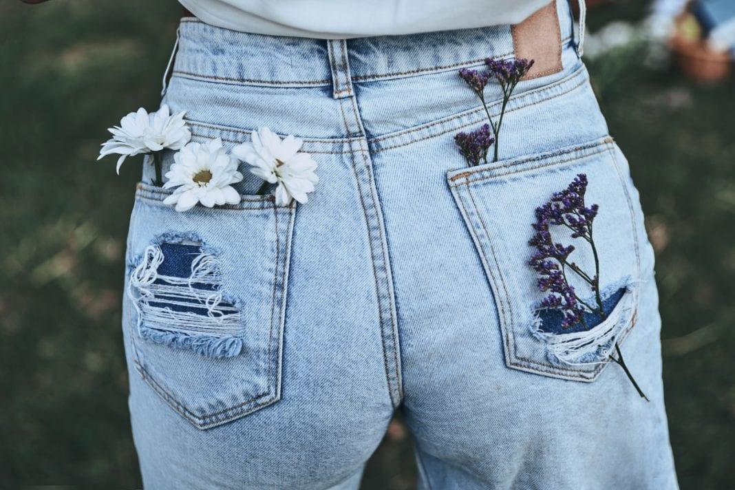 Jean makeover: Πως να τροποποιήσετε το jean παντελόνι σας στο σπίτι!