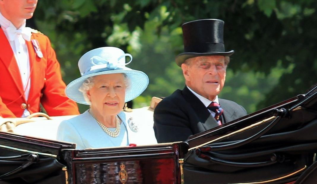 Κηδεία πρίγκιπα Φίλιππου: Η πορεία της νεκρώσιμης πομπής από λεπτό σε λεπτό
