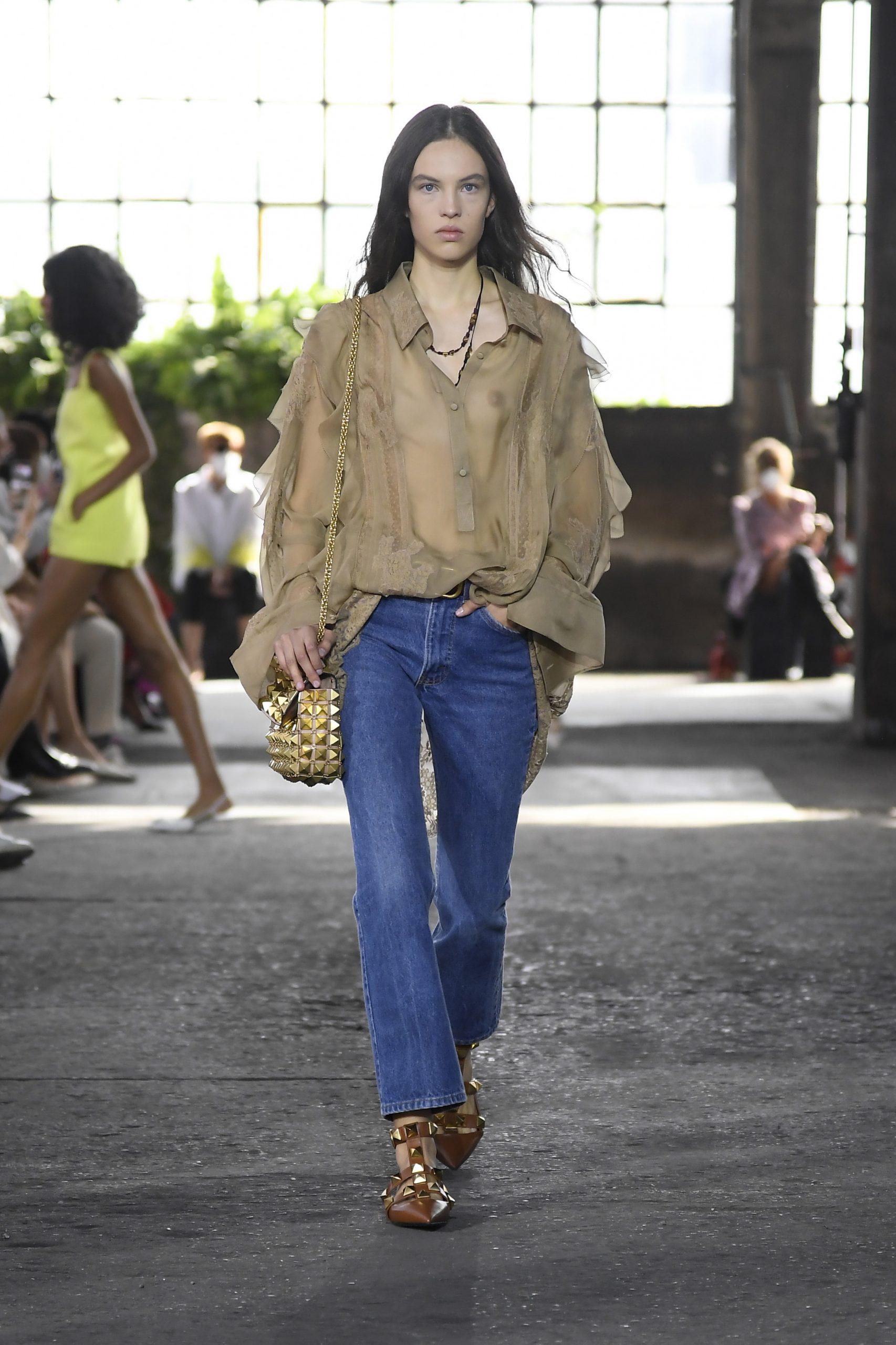 Fashion trends: To XXL πουκάμισο είναι η απόλυτη τάση της Άνοιξης