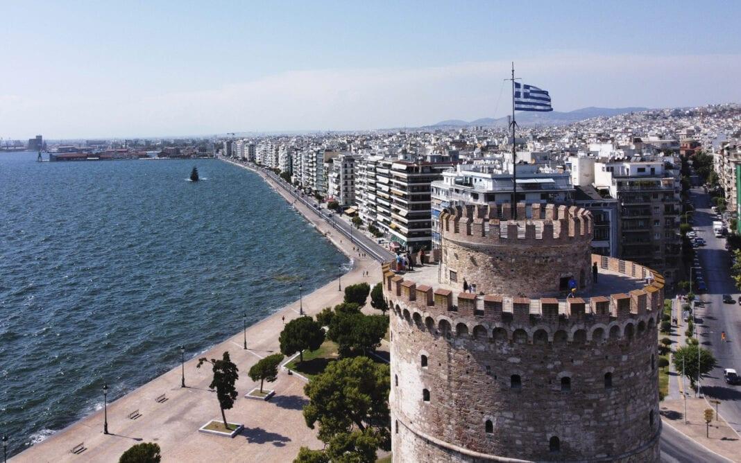 """Γλυπτό """"Meteoron"""": Αποκαλυπτήρια στη Θεσσαλονίκη"""