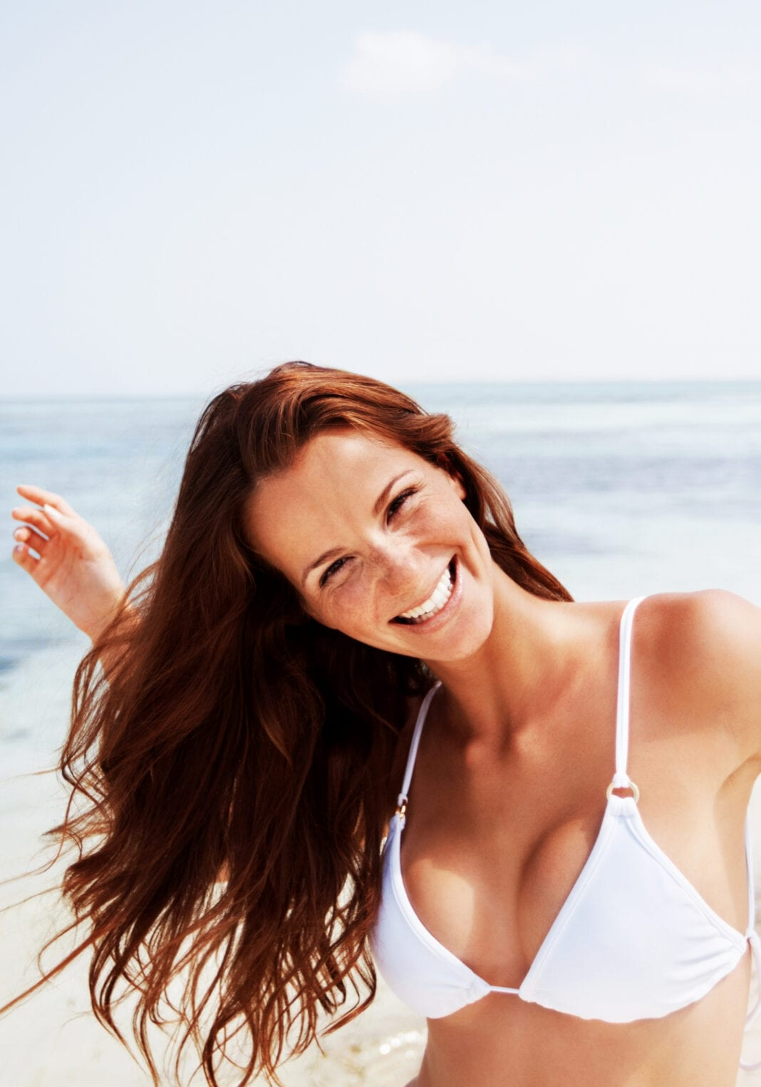 Αντηλιακή προστασία: Προστάτευσε τα μαλλιά σου από τις βλαβερές ακτίνες του ήλιου με τη νέα σειρά Sun Care της Kyana