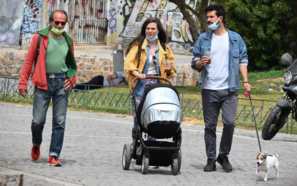 Ντίνος Αυγουστίδης: Ο γάμος με τη Μαρία Τζομπανάκη, ο μονάκριβος γιος του Ορφέας Αυγουστίδης και η υιοθετημένη κόρη