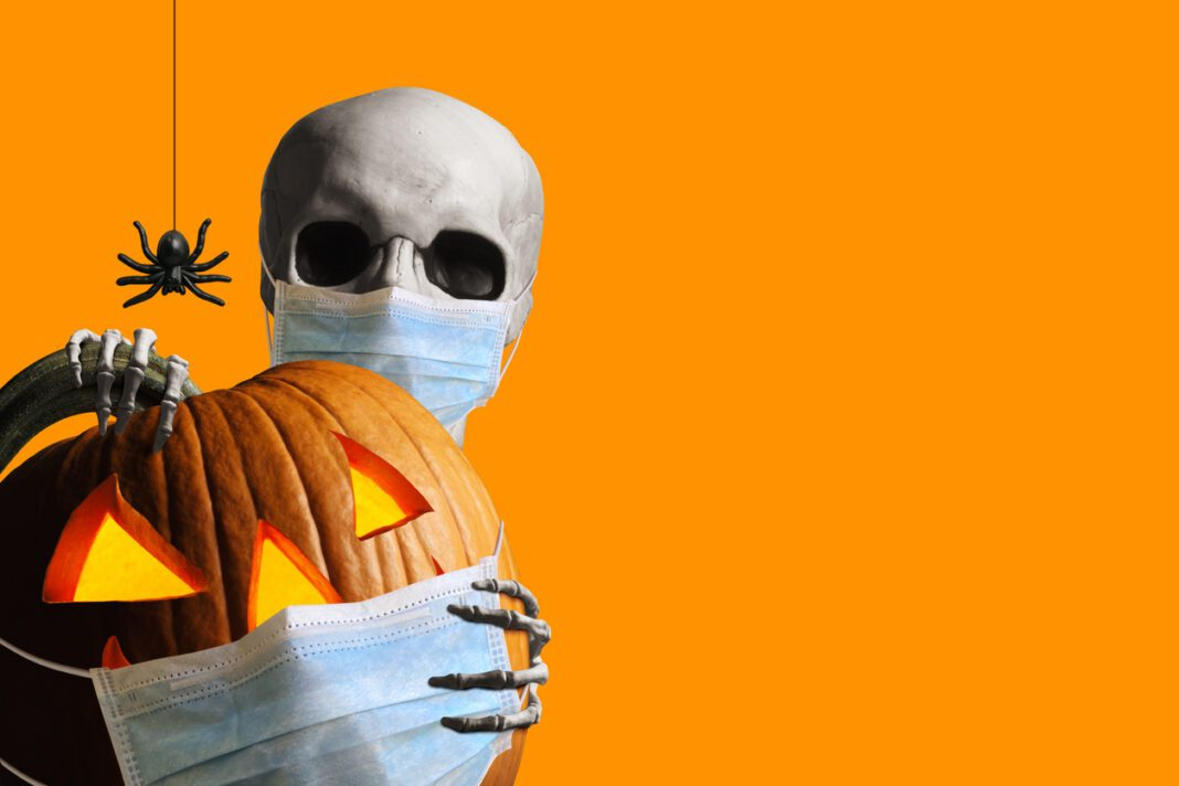 Spooky yet Cute ιδέες για Halloween νύχια που θα κλέψουν τις εντυπώσεις!